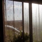 真冬なのに窓全開